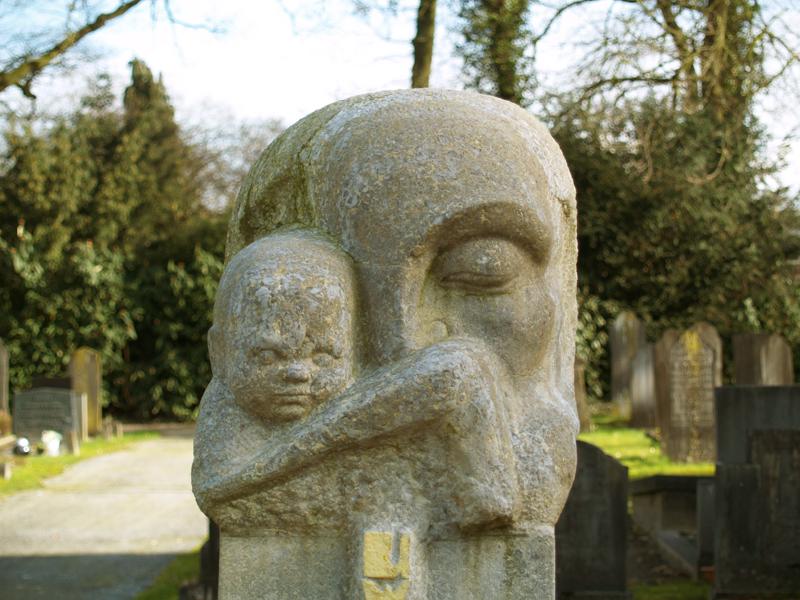 het kind is de oogappel van de moeder - foto: loek van vlerken 26.02.2014