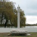 monument voor de gevallen strijders - kampen