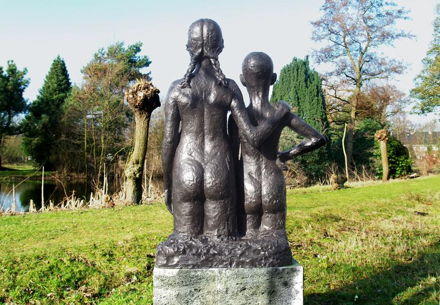 twee kinderen - foto: loek van vlerken 16.02.2011