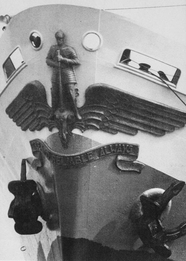 boegbeeld st.joris en de draak - foto: lagerweij-polak -datum onbekend