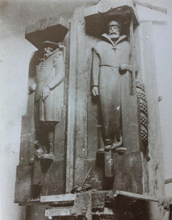 schipper en bootsman - model in klei - foto: van der mey en het scheepvaarthuis 1989