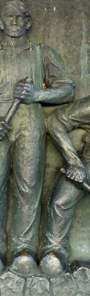 relief monument afsluitdijk