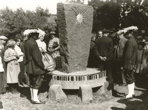 onthulling van het van gogh monument in nuenen, 30 juli 1932 - fotograaf onbekend