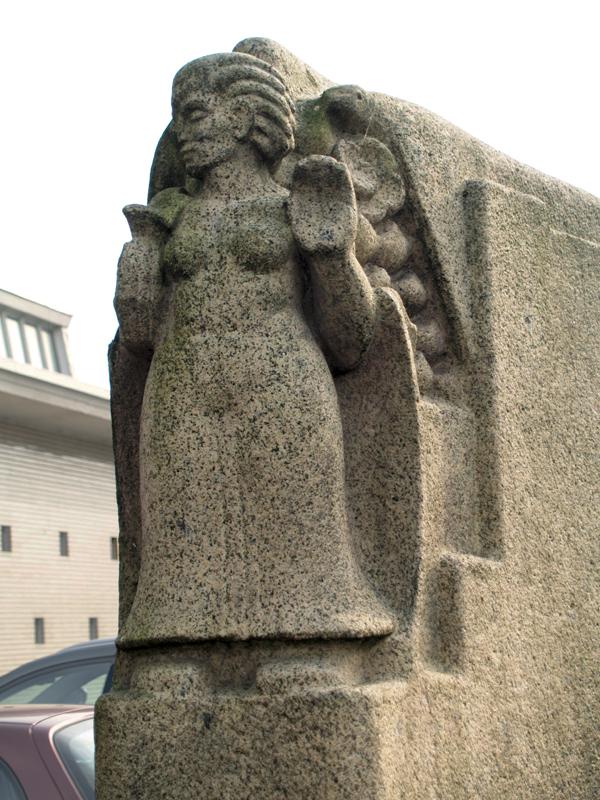 vrouw met roofvogel - foto: loek van vlerken 17.02.2011