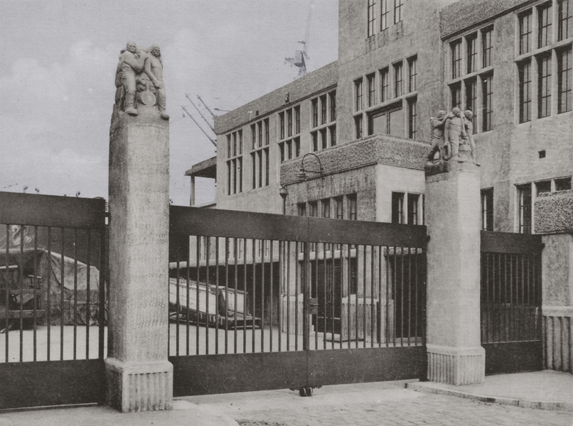 KNL-foto hildo krop-jos de gruyter 1938 - collectie loek van vlerken