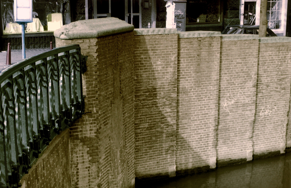 leidsestraat-prinsengracht - foto: loek van vlerken 1986 (bewerkt 2016)