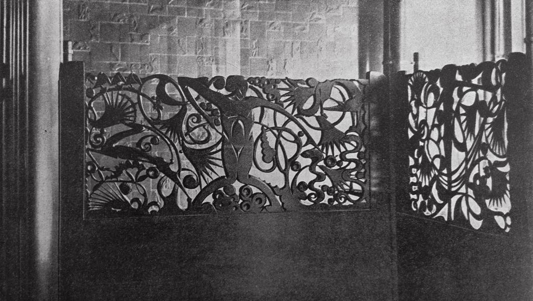 faun met dieren en bloemen (foto - wendingen 1925 nr.2)