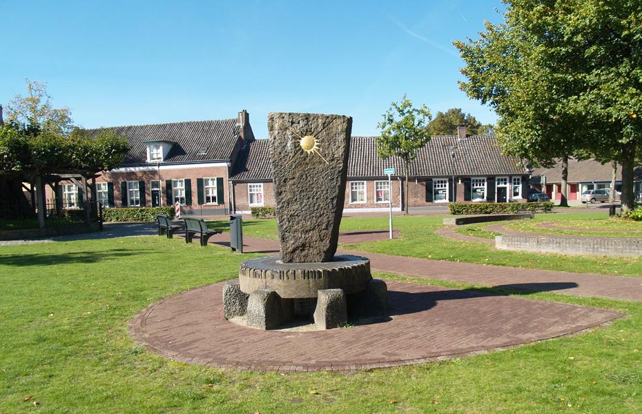 monument vincent van gogh - foto: loek van vlerken 29.09.2015