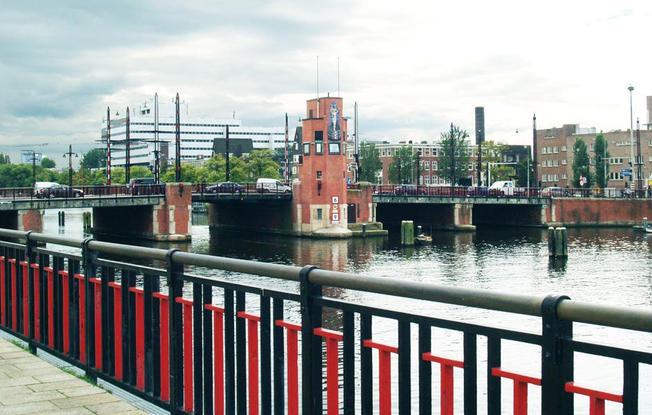 berlagebrug - foto: loek van vlerken 31.08.2011