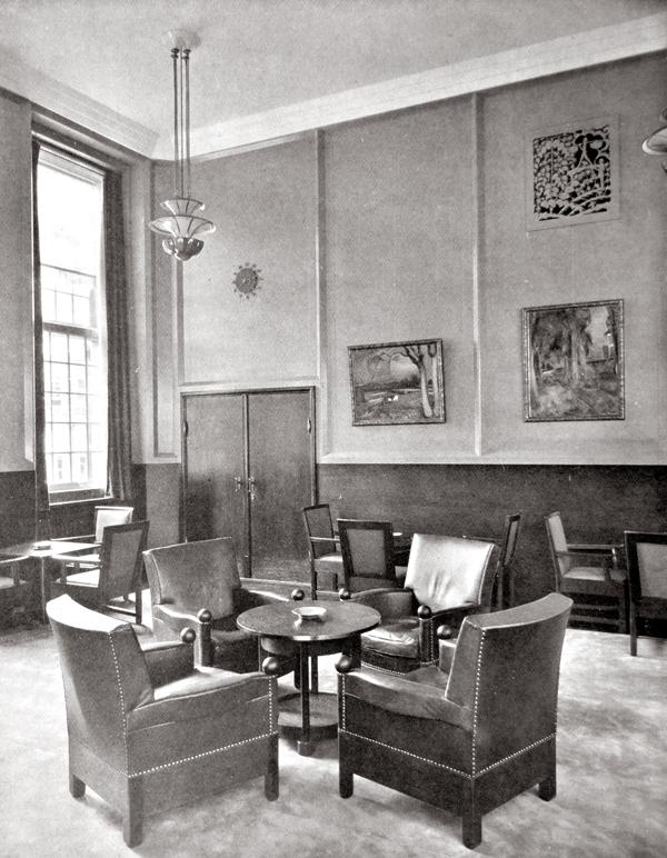 koffiekamer - foto: uitzichten en stroomingen in de kunstnijverheid, 1928 - collectie loek van vlerken