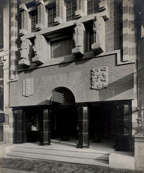 gevel - foto: 1929 - bernard eilers - uit het archief van architectenbureau baanders