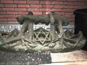 opgeslagen monument - foto: marco cops, 05.11.2013