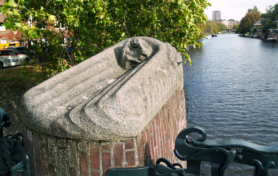orpheus met lier en slangen - foto: loek van vlerken 04.10.2011