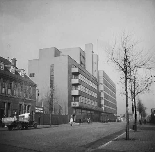 HAKA kantoorgebouw - foto: hildo krop museum - ca. 1935-39