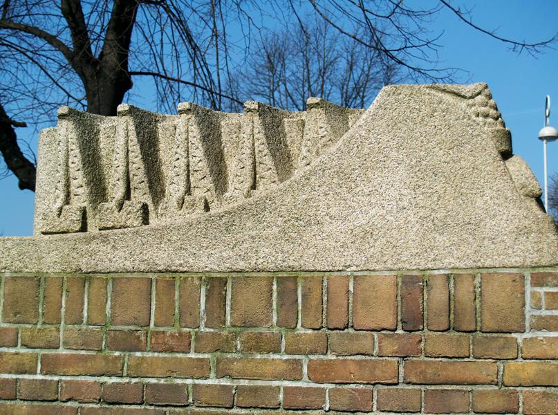 hijskranen - foto: loek van vlerken 22.03.2011