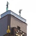 beelden op toren