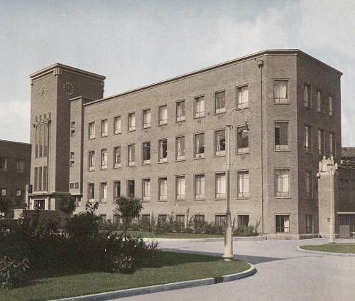 gevel pathologisch anatomisch laboratorium ca. 1930 - foto: hildo krop museum - bewerking loek van vlerken