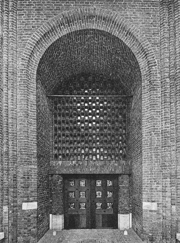 nieuwe ingang van architect baanders - foto: wendingen - 1929 - jrg.10 nr.4