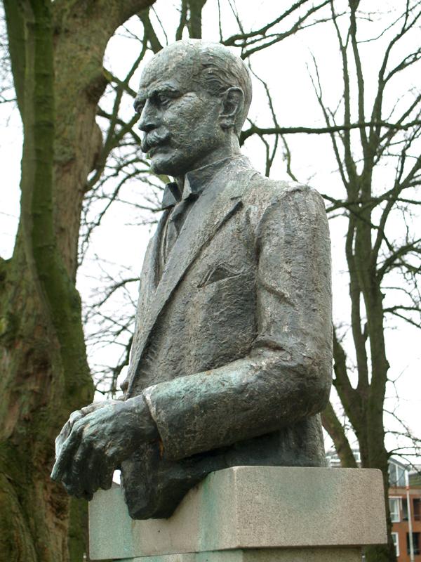 monument th.m.th.van welderen, baron rengers - foto: loek van vlerken 15.01.2014