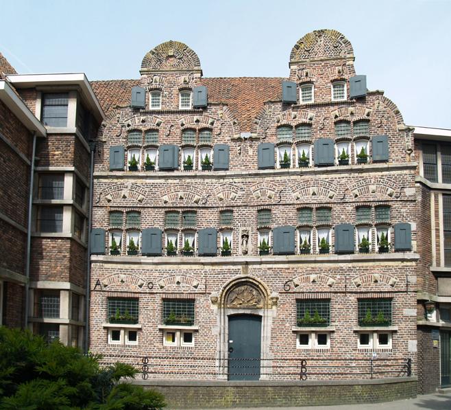gevel godshuizen - foto: loek van vlerken 06.05.2011