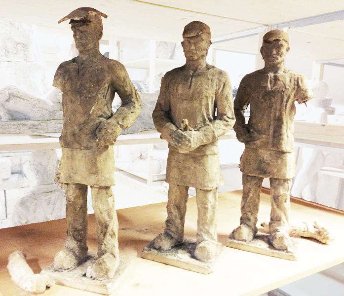 studie walswerkers (gips) collectie hildo krop museum - foto: loek van vlerken 15.01.2018