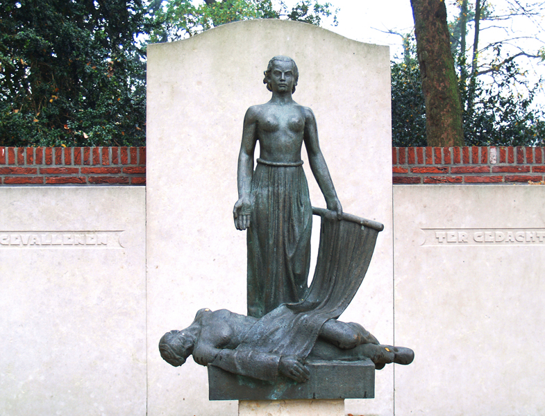 oorlogsmonument - foto: loek van vlerken 10.11.2011