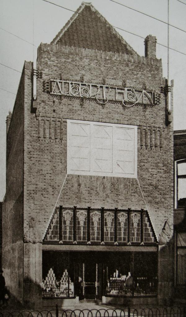 gevel kruidenierswinkel - foto: wendingen 1919 - nr. 4