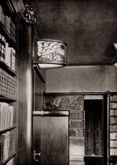 lamp en paneel - studeerkamer voor architect c.j. blaauw - foto: wendingen 1927 nr.2