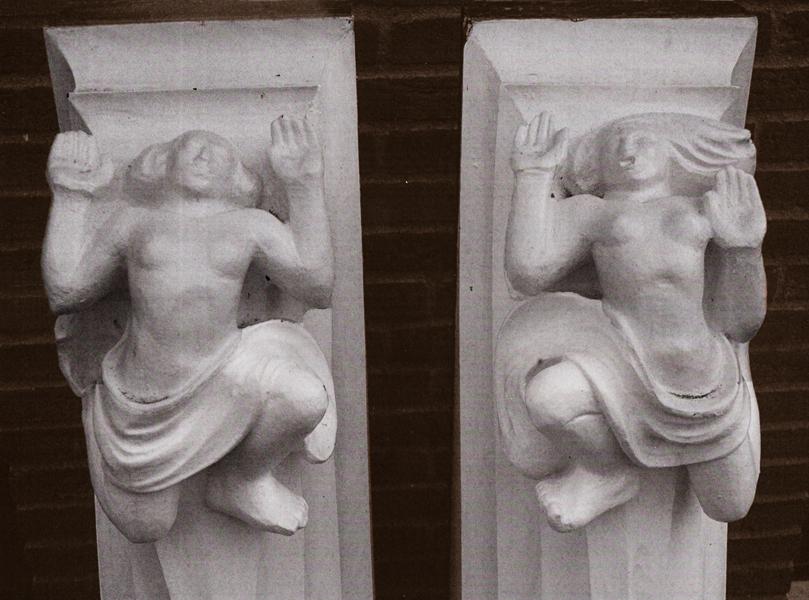 consoles - foto: archief hildo krop museum