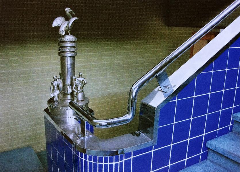 trappaalbekroning erdal - historische foto (erdalfabriek)