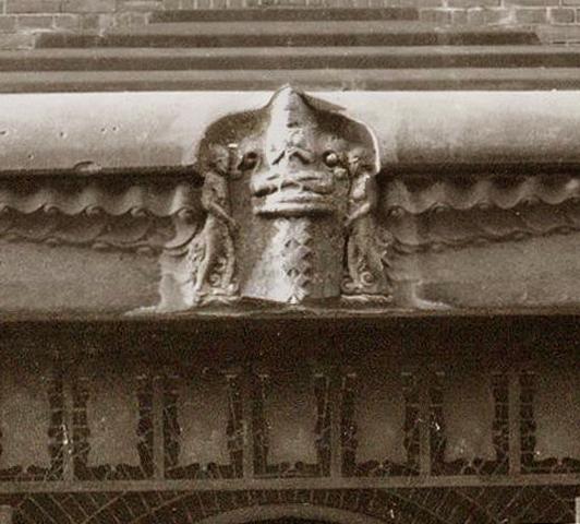 boeddha - foto: hildo krop museum (bewerking: loek van vlerken)
