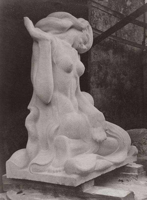 moeder aarde in het atelier - foto: hildo krop museum