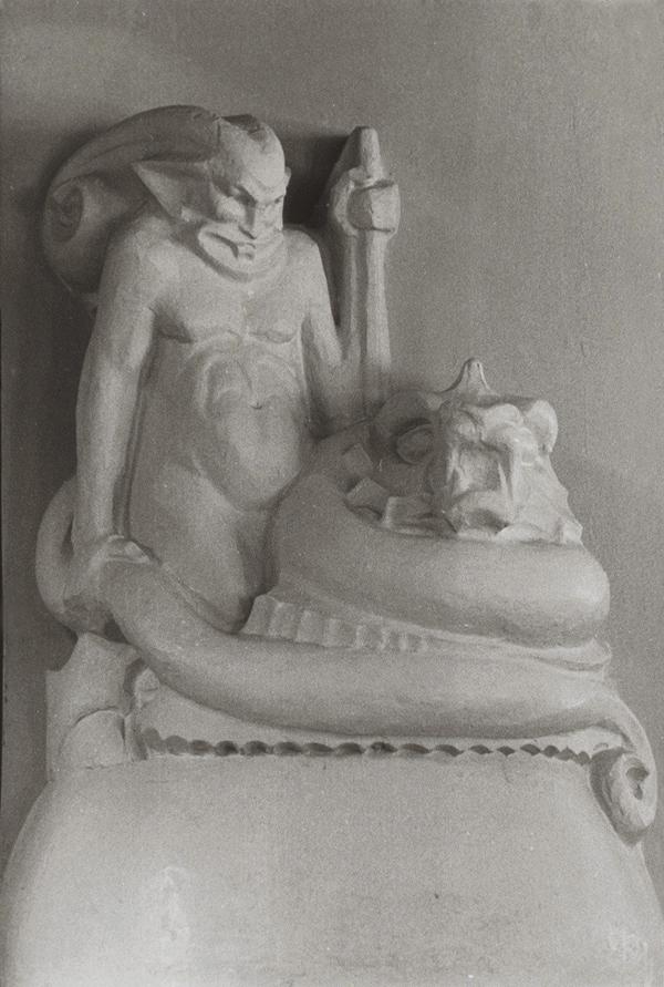 'Vuurgod' - ontwerp in gips - foto: hildo krop museum