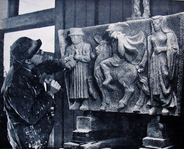 krop in atelier werkend aan westen - foto: archief hildo krop museum